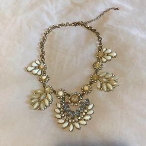 2/ 25$ 🎀 Aldo necklace